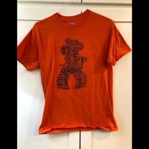 Super cute Pistol Pete collage T-shirt.